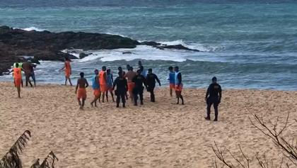 Acabou o baba: Guarda Municipal de Salvador dispersa aglomeração em praia