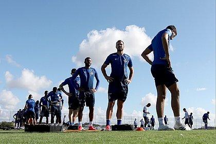 Elenco do Bahia durante treino na Cidade Tricolor