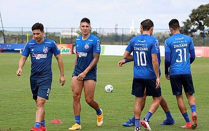 Com retorno de Ramírez cada vez mais próximo, paraguaio Oscar Ruiz deve perde espaço no tricolor
