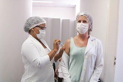Vacinômetro: Bahia tem 480 mil vacinados; mais de 132 mil com 2ª dose