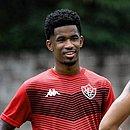 Ewandro pode estrear com a camisa do Vitória contra o Oeste