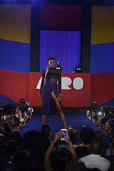 Zana Santos, 20 anos. Ex-marisqueira, não pensava em ser modelo. Lançada no AFD 2018 (foto), foi capa da revista Vogue internacional (foto), desfilou no São Paulo Fashion Week e vai morar nos EUA em 2021.