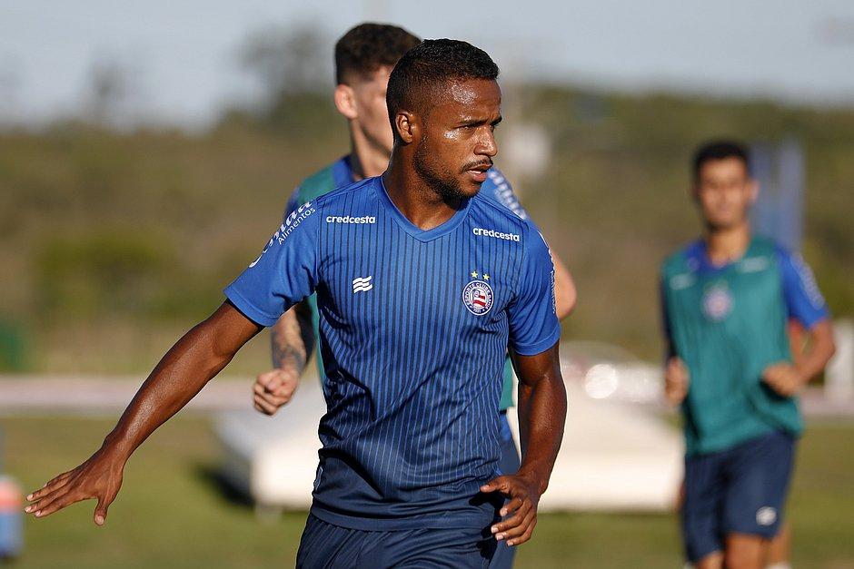 Élber tem contrato com o Bahia até o final de 2020