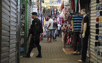 Polícia encontra corpos carbonizados e granadas na Rocinha