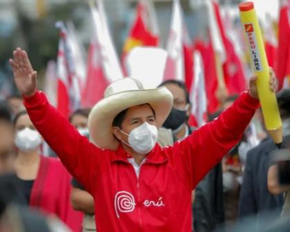 Apuração no Peru termina com Castillo na frente; 0,7% dos votos serão reavaliados