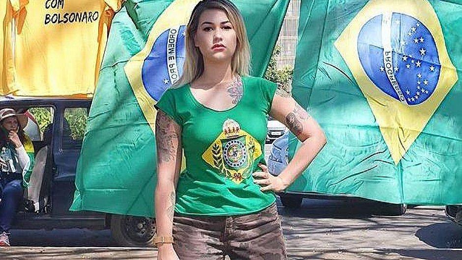 'Apoiar Jair Bolsonaro é crime', diz Sara Winter após ser presa pela PF