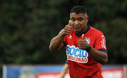 Roger valoriza empate do Bahia com jogador a menos contra o Goiás