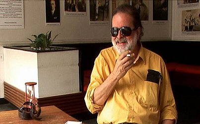 André Setaro e seu inseparável cigarro.