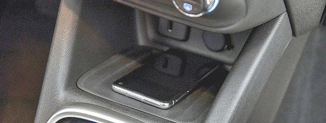 Na opção topo de linha é oferecido um carregador sem fio para o celular