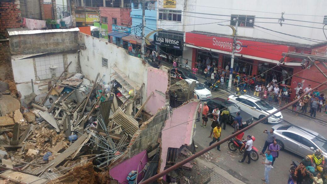 df963c7ffa685 Cinco pessoas ficam feridas após prédio desabar em Itabuna - Jornal CORREIO    Notícias e opiniões que a Bahia quer saber