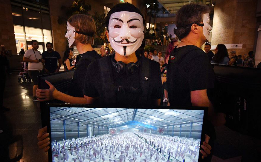 Ativistas contra a criação de animais para a alimentação em Hollywood, Califórnia.