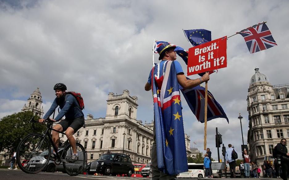 Protesto contra a Brexit, em frente ao Parlamento, no centro de Londres.