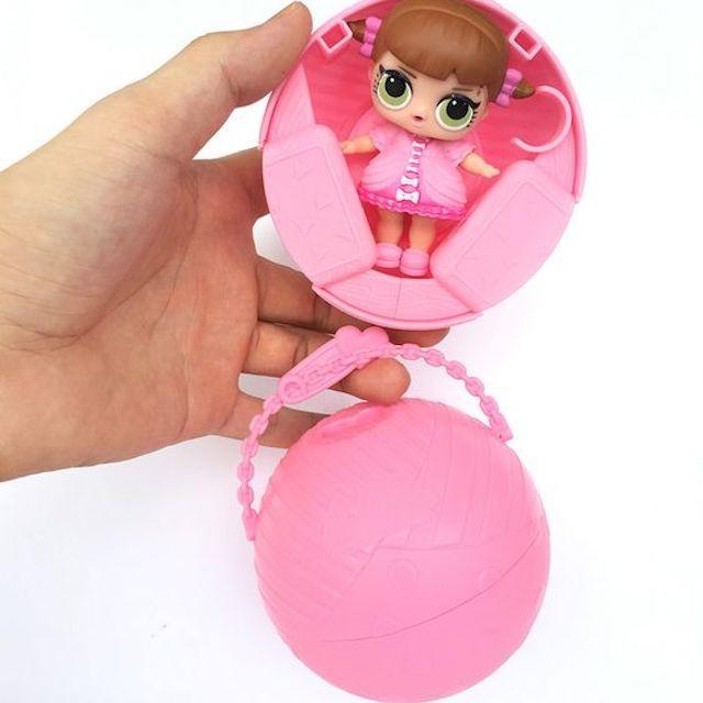 a522cb3b9e O que é LOL Surprise  Conheça a boneca que é febre entre a criançada ...