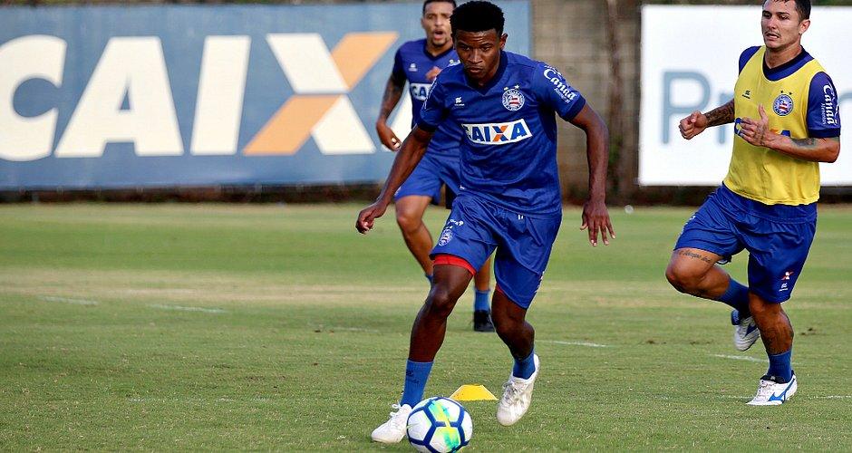 Bahia confirma que recusou ofertas pelo garoto Ramires (Foto  Felipe  Oliveira EC Bahia) 4eaf422e838a7