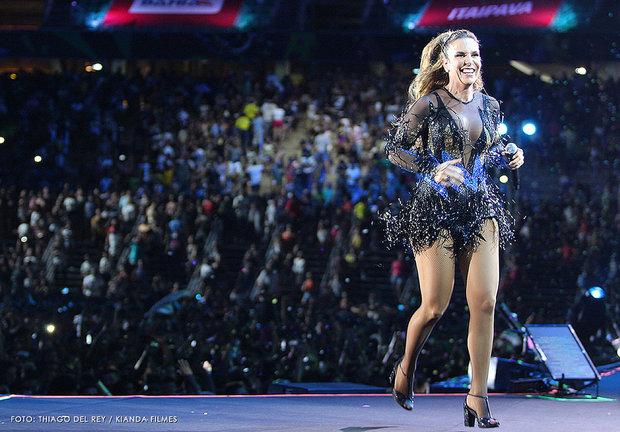 Em 2016, quando o Festival de Verão fez sua estreia na Arena Fonte Nova, Ivete levou o público ao delírio após cantar os sucessos da banda É o Tchan