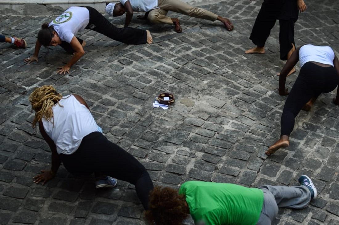 Roda de capoeira promovida pelo grupo de estudos e intervenção Maria Felipas