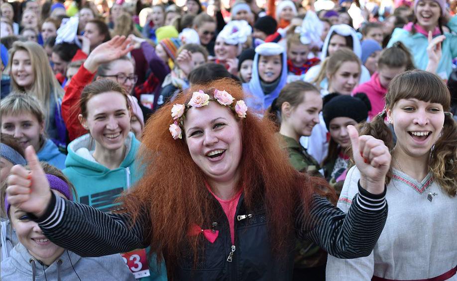 Na Bielorussia, as mulheres participaram da Corrida da Beleza em Minsk.