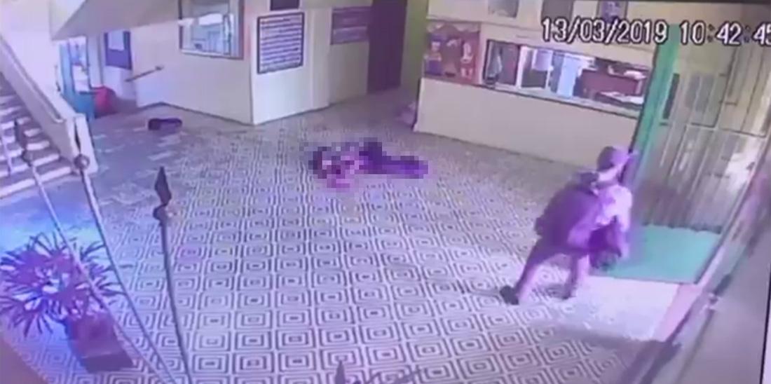 Câmera Registra Ataque Dentro Da Escola; Assassino Usou