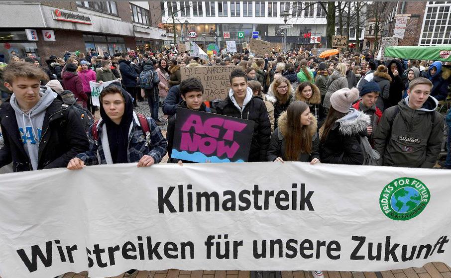 Marcha em Elmshorn, Alemanha.