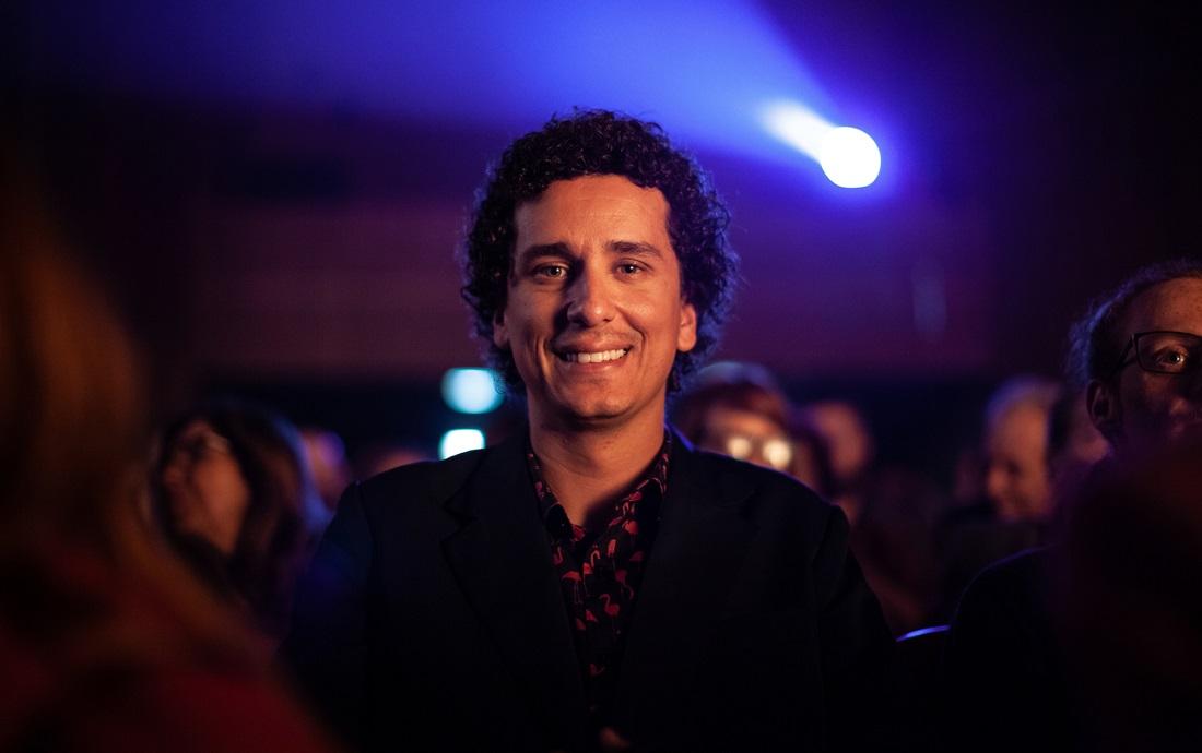 Rafael Portugal é responsável pelas poucas piadas engraçadas que o filme traz
