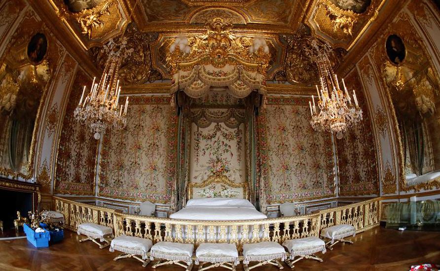 Quarto da última rainha da França, Maria Antonieta (1755-1793) no Palácio de Versalhes, a sudoeste de Paris, depois de sua renovação. -As câmaras de prestígio de Marie-Antoinett serão novamente abertas ao público após três anos.