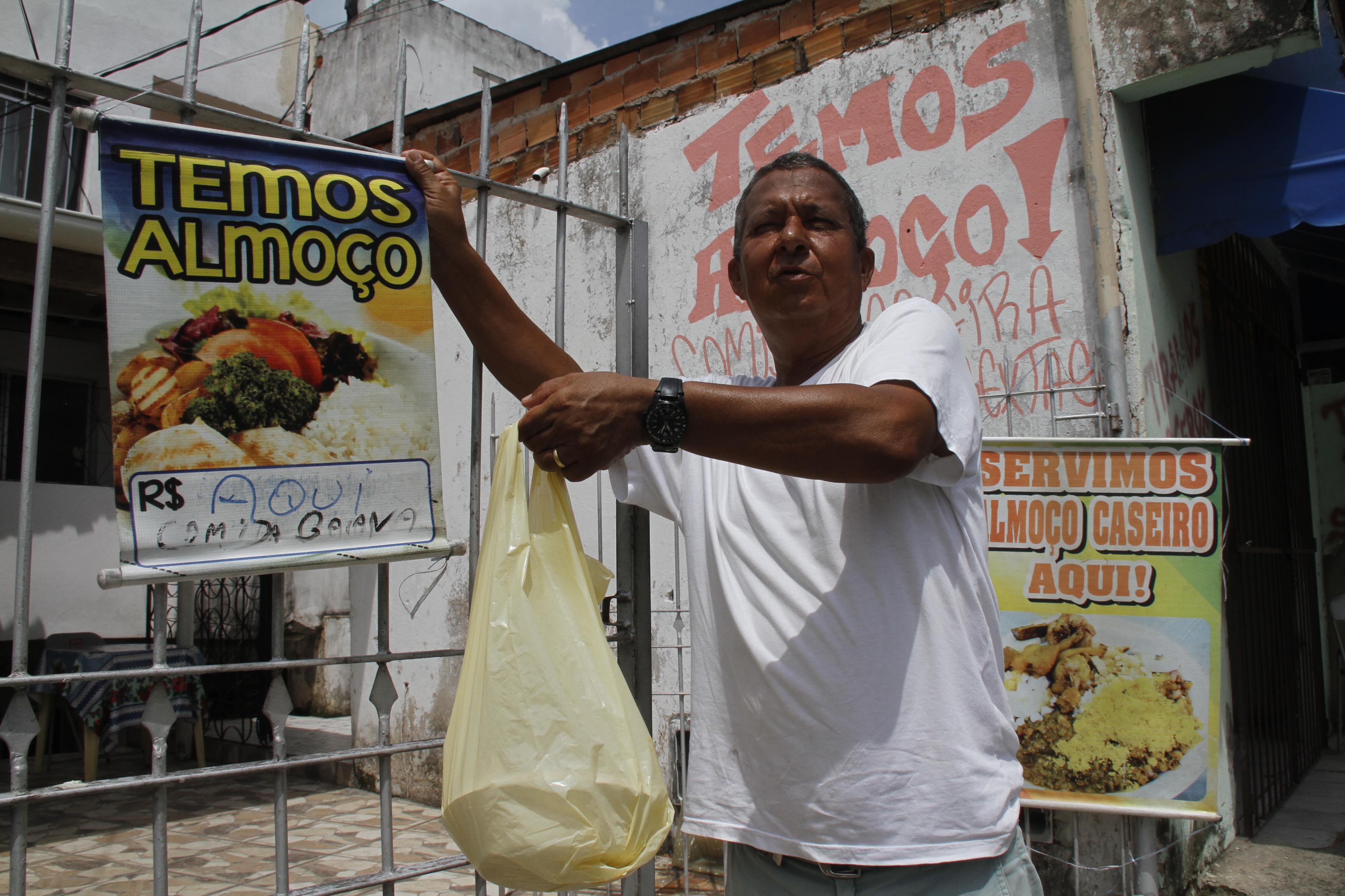 Paulo Roberto vê planos de aproveitar a movimentação no bairro frustados