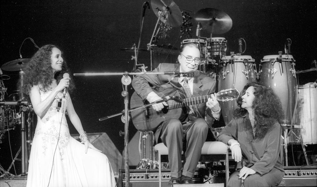 Na reinauguração do TCA com Maria Bethânia e Gal Costa