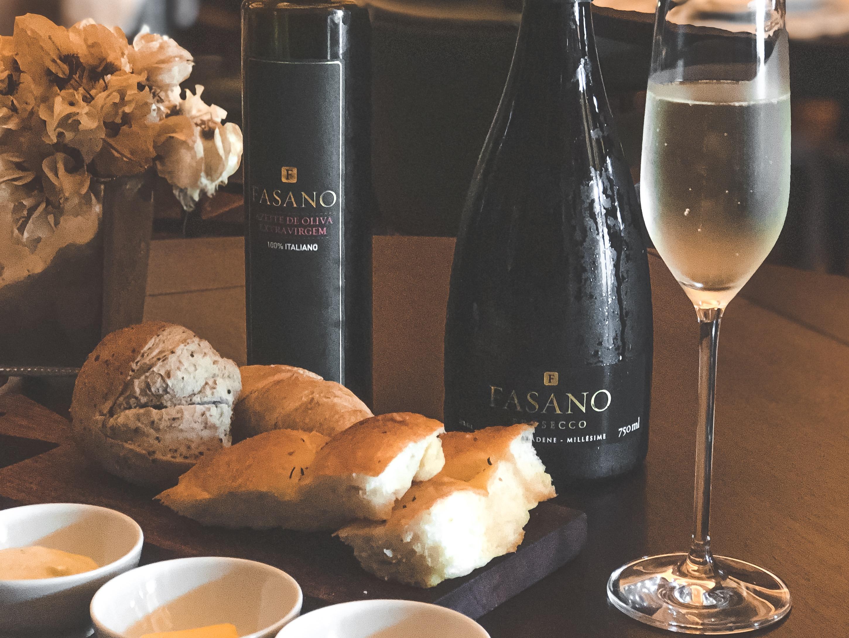 Selecionados de produtores italianos, vinhos de regiões produtoras com Denominação de Origem Controlada & Garantida (DOCG) ganham a marca Fasano no Brasil