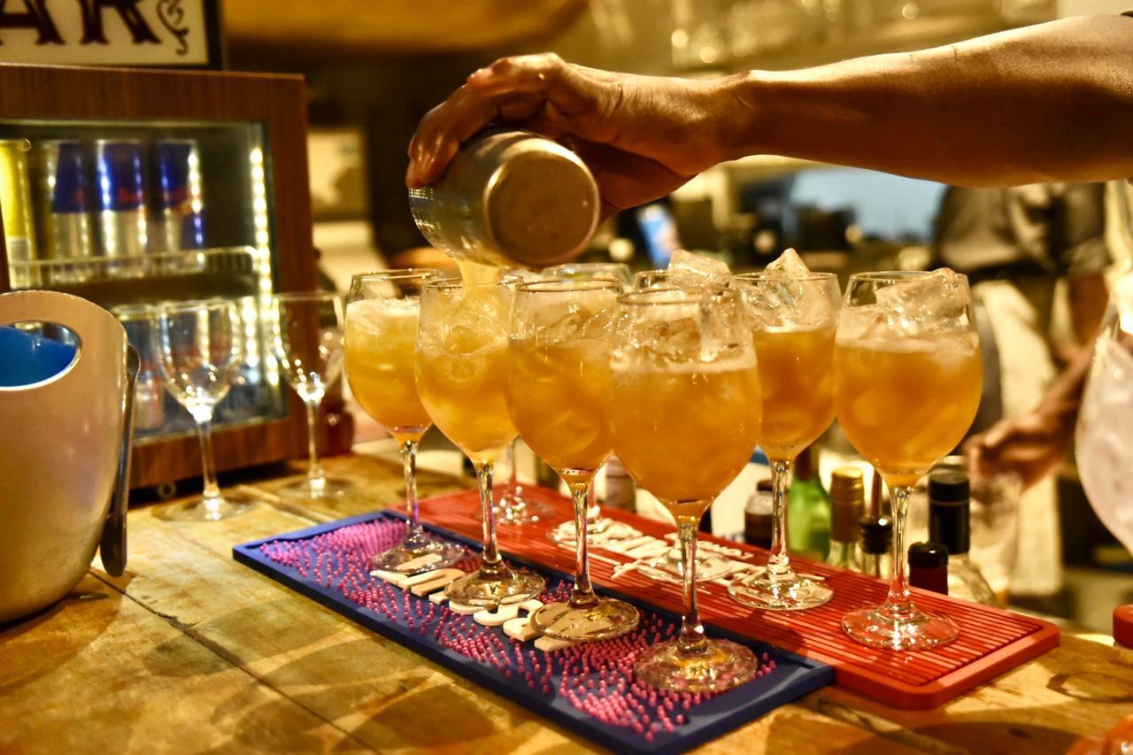 Drinques preparados pelo bartender Zulu