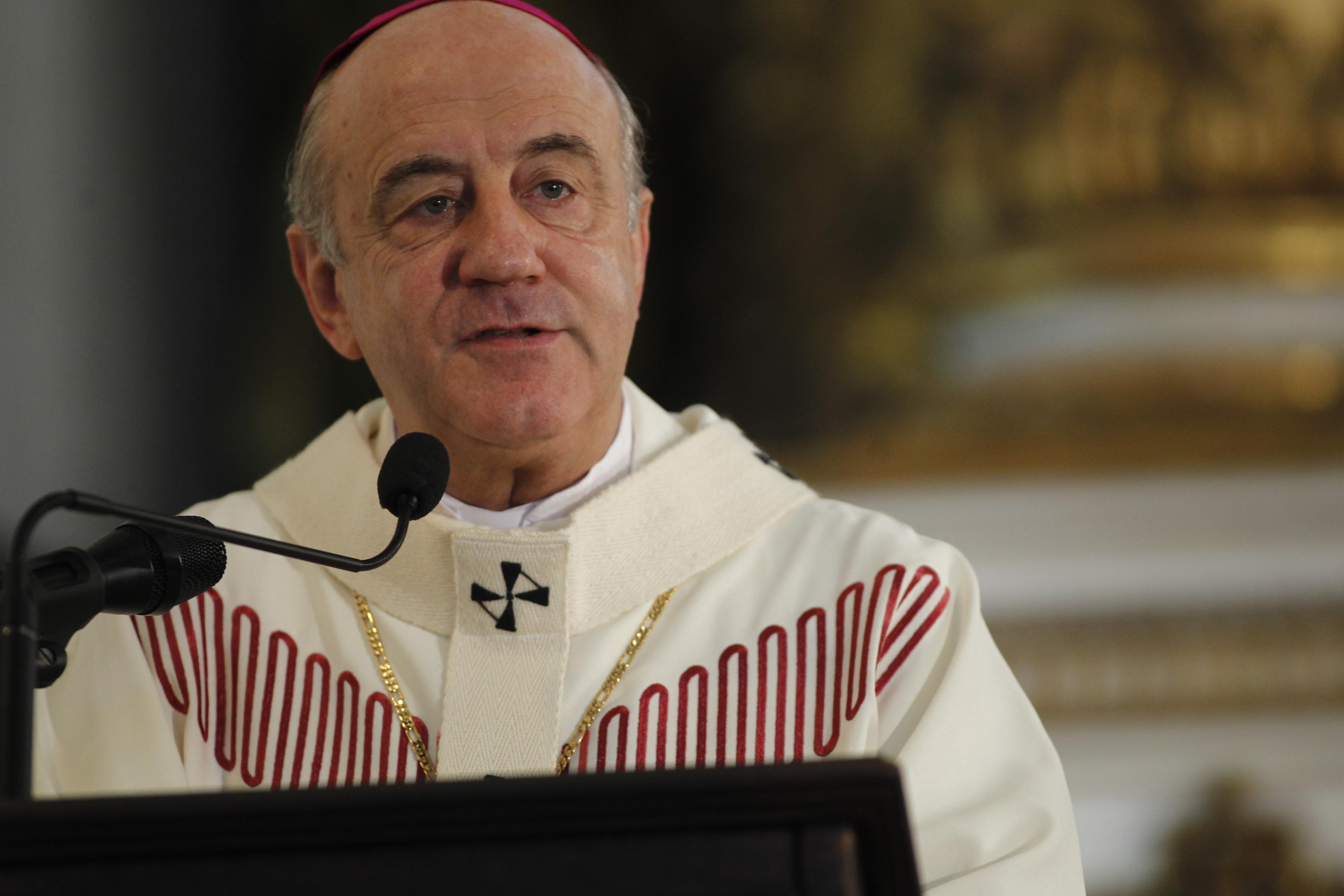 Em 2013, Dom Murilo celebrou a primeira missa na Igreja do Bonfim após a escolha do Papa Francisco