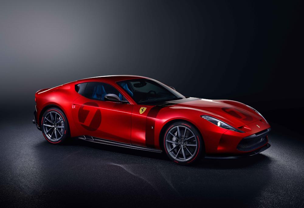 Até a cor utilizada no superesportivo é inédita, a Rosso Magma