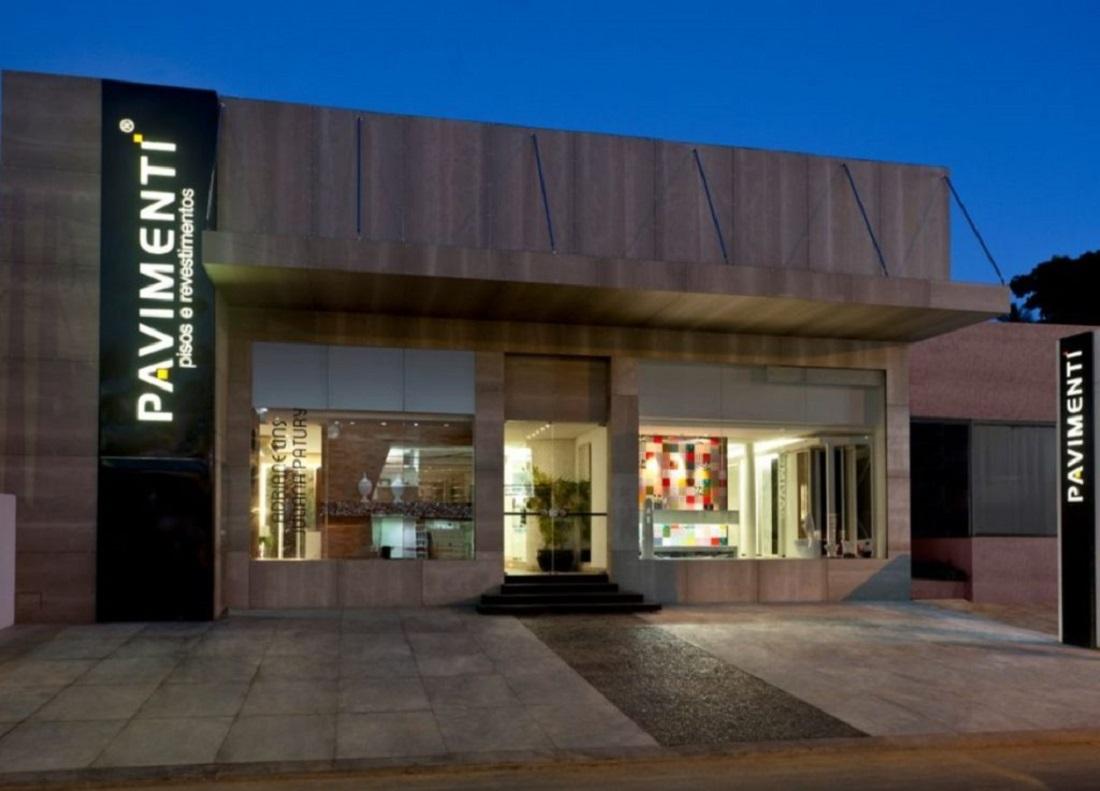 Loja Pavimenti, em Salvador, foi fundada por Gianfranco Biglia